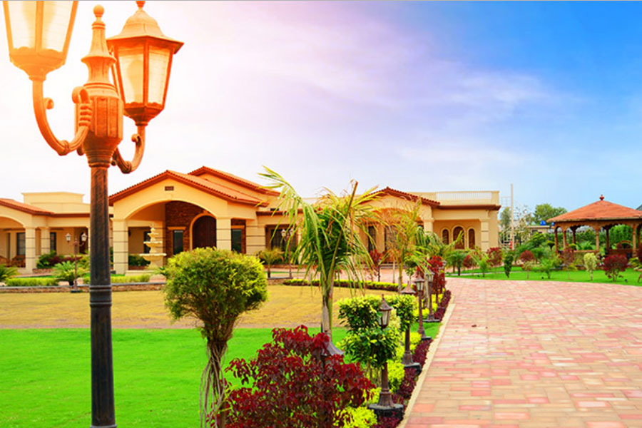 farm house in gulberg greens islamabad